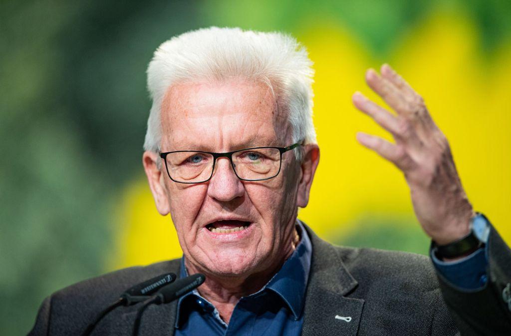 Kretschmann erhielt in Bielefeld für seine Rede langen Applaus. Foto: dpa/Guido Kirchner