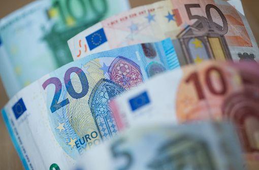 Deutsche zufrieden mit Wohlstand, aber besorgt über Zukunft
