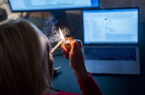 Drogenbeauftragte: Raucher sollen Konsum einschränken