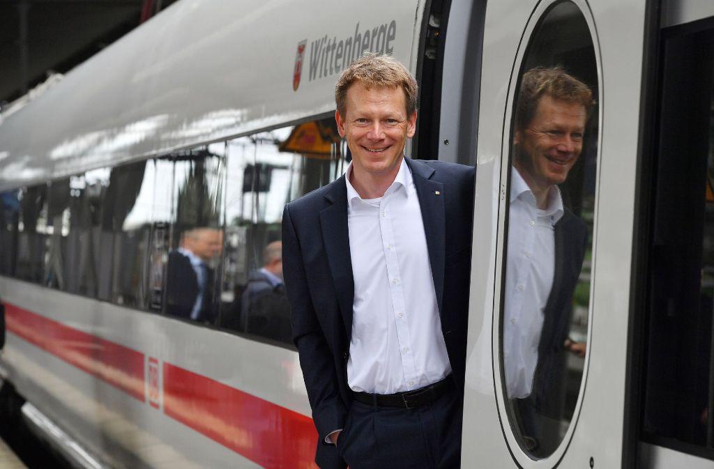 Bei Stuttgart 21 hat Bahn-Chef Lutz derzeit wenig zu lachen. Foto: dpa-Zentralbild