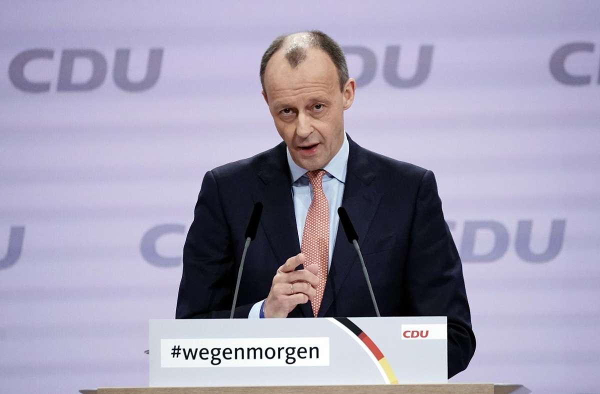 Der frühere Vorsitzende der Unionsfraktion und Kandidat um den Parteivorsitz, Friedrich Merz, spricht beim digitalen Bundesparteitag der CDU. Foto: dpa/Michael Kappeler