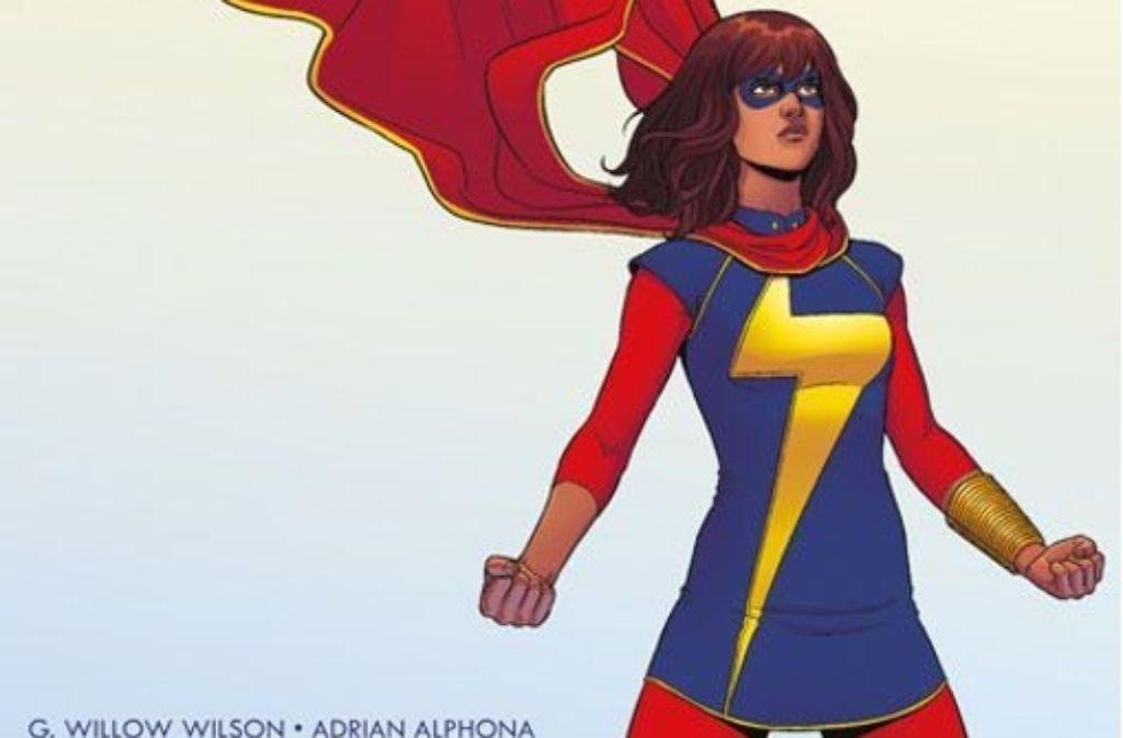 Ms. Marvel alias Kamala Khan sieht hier ganz schön selbstbewusst aus. Das ist aber bloß eine Pose. Der Comic über sie handelt von großer Verunsicherung. Foto: Panini