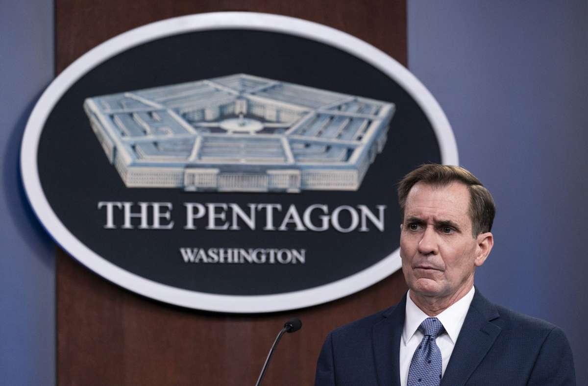 John Kirby, Sprecher des Pentagons, spricht während einer Pressekonferenz im Pentagon. Das US-Militär hat auf Befehl von Präsident Joe Biden hin Luftangriffe im Osten Syriens geflogen. Foto: dpa/Alex Brandon