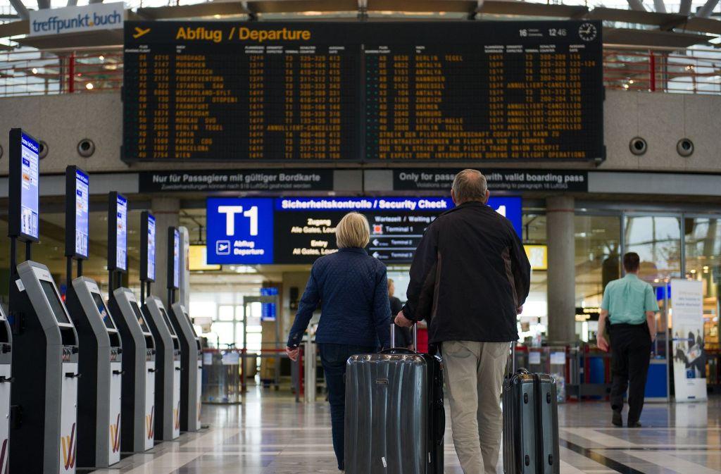 Bald sollen auf den Anzeigetafeln des Stuttgarter Airports auch Abflüge der Fluggesellschaft Easyjet zu finden sein. Foto: dpa