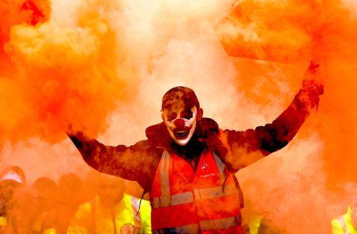 Streik gegen die Rentenreform legt Frankreich lahm