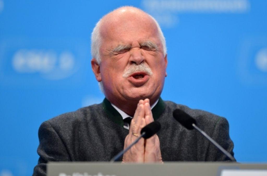 Peter Gauweiler will die Eurorettungs-Politik nicht mehr mittragen und zieht sich deshalb aus der Politik zurück. Foto: dpa