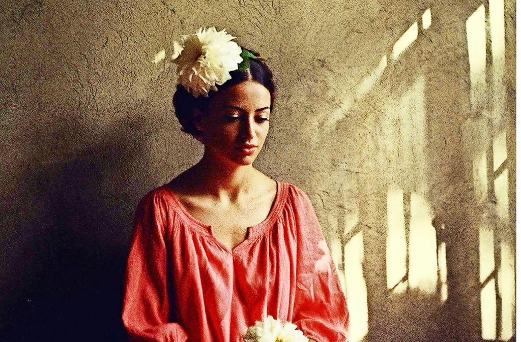 Geschlechterbilder, Geschlechterrollen, Geschlechterklischess  – eine Aufnahme aus der Porträtserie der jungen georgischen  Fotografin Ann Dilbarian Foto: Kolga