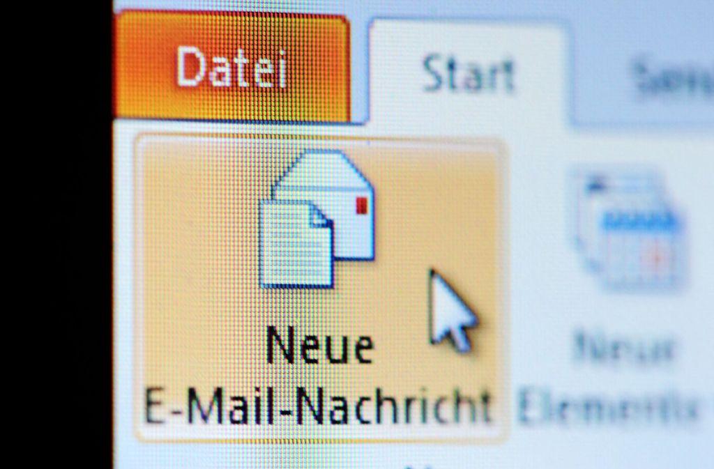 Die E-Mails stammen nicht von Mitarbeitern des Göppinger Landratsamts (Symbolbild). Foto: dpa