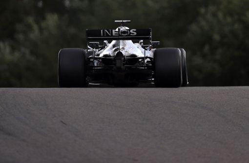 Lewis Hamilton gewinnt, Sebastian Vettel wird 13.