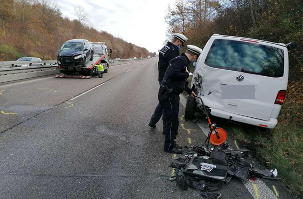 Der Unfall ereignete sich auf der B10 bei Zuffenhausen. Foto: Andreas Rosar