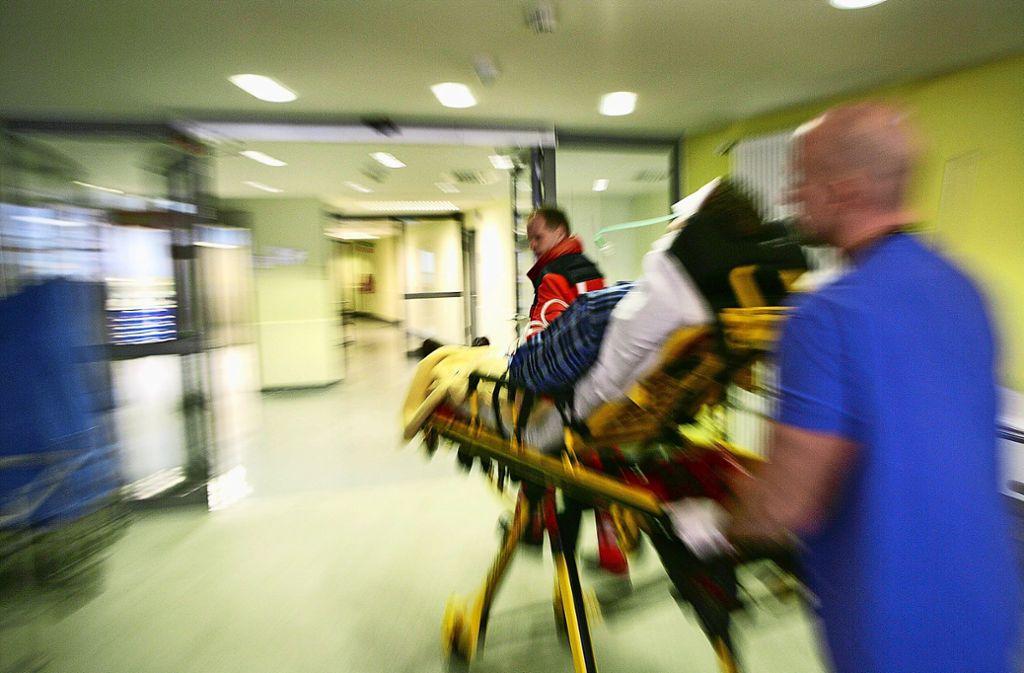 Derzeit herrscht in den Kliniken Vollbetrieb: Die Mitarbeiter sollen in NRW unterstützt werden. (Symbolbild) Foto: epd/Jochen Tack