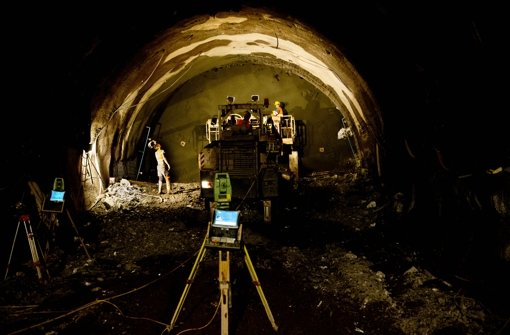 Die Arbeit der Stuttgart-21-Mineure in Wangen ist nachts zu laut. Foto: Lichtgut/Volker Hoschek