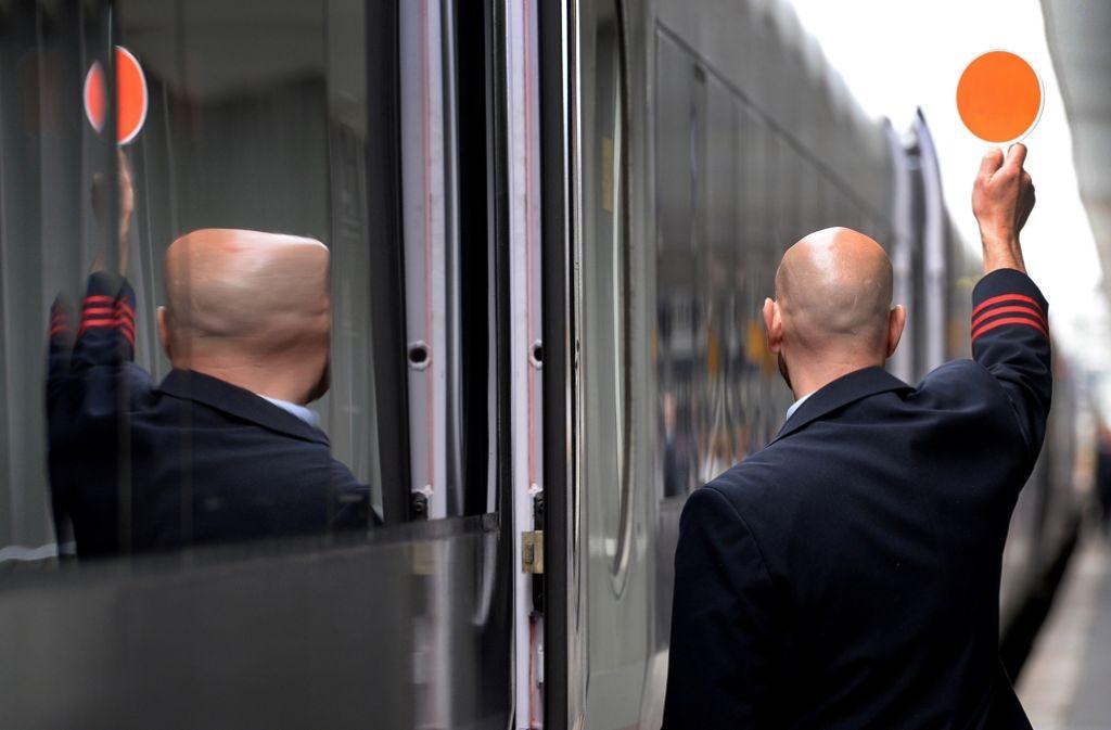 Bei den Verhandlungen mit der Bahn erheben die Lokführer zusätzliche Tarifforderungen. Foto: dpa