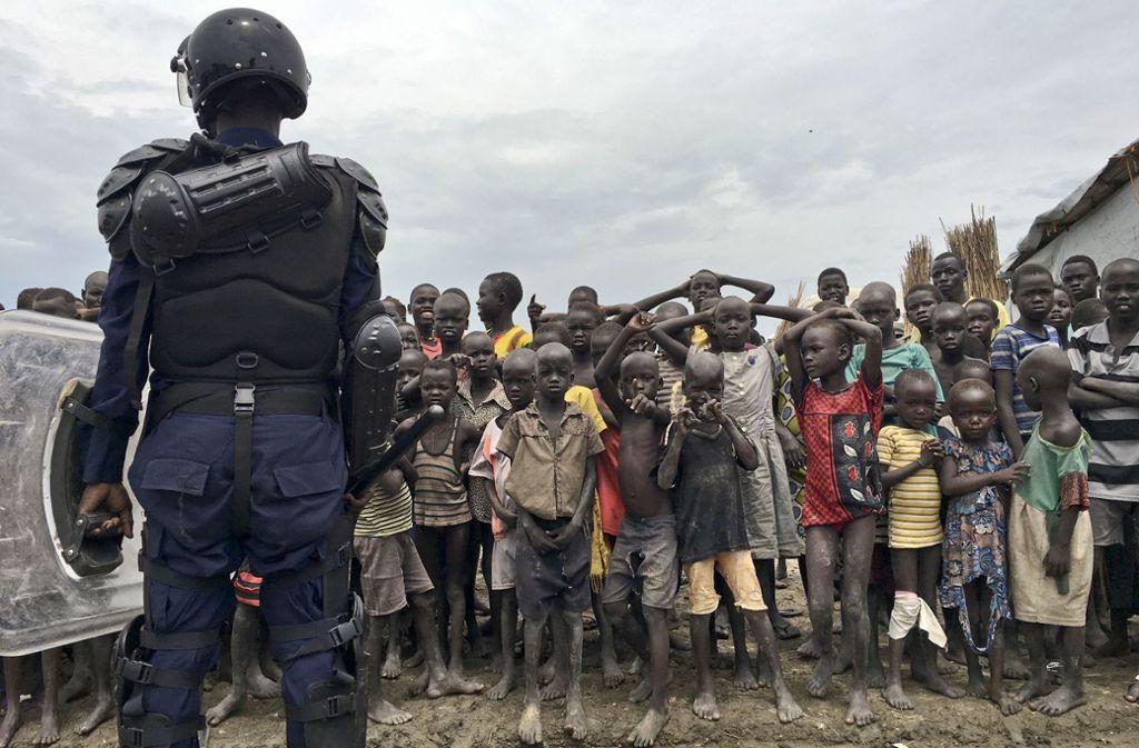 Im Südsudan flüchten die Menschen vor dem jahrelangen Bürgerkrieg. Foto: AP