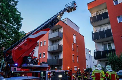 Evakuierung wegen Feuer in Tiefgarage