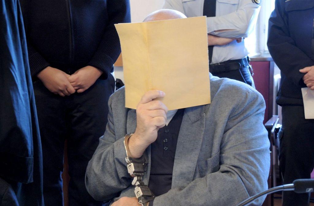 Im Mordprozess sind die beiden Söhne verurteilt worden, das Verfahren gegen den Vater musste verschoben werden. Foto: dpa/Thomas Burmeister