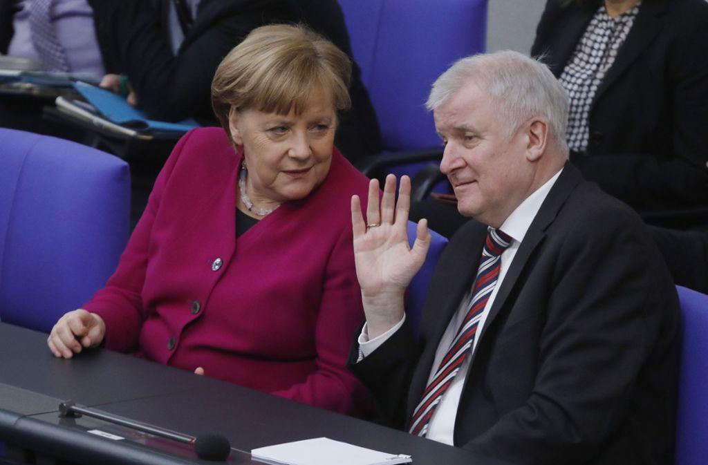 Innenminister Horst Seehofer hat Kanzlerin Angela Merkel mit einem Alleingang gedroht. Foto: Getty Images Europe