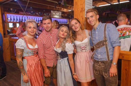 Feiertag mit Ballermann-Party und Promi-Sause