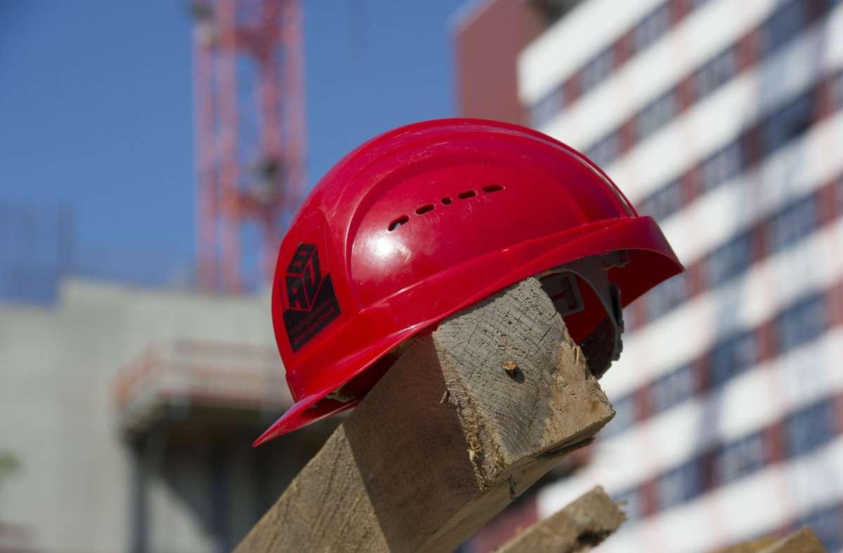Kräftig zugelegt hat 2020 vor allem das Baugewerbe. (Symbolfoto) Foto: dpa/Paul Zinken