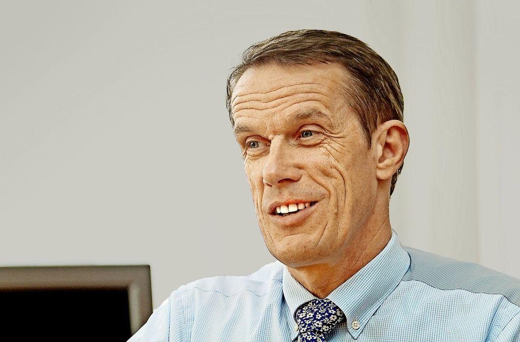 Der Böblinger Oberbürgermeister Wolfgang Lützner will den schießlärmgeplagten Bürgern helfen. Foto: factum