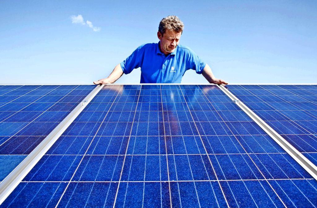 Klimaschutz ist keine freiwillige Sache mehr: Als erste Kommune in Deutschland führt Tübingen eine Pflicht zum Solardach  bei neuen Häusern ein. Foto: dpa
