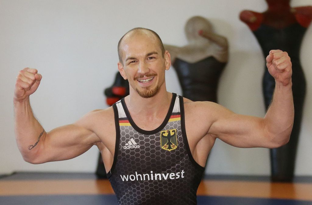 Weiterhin im Training, voll im Saft: Ringer Frank Stäbler Foto: Baumann