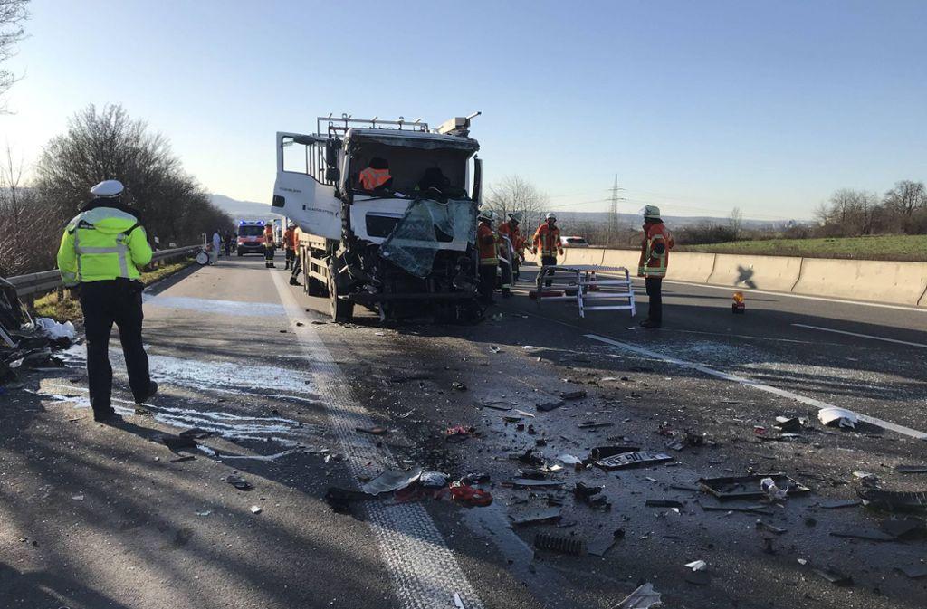 Die A 81 war während der Rettungsmaßnahmen gesperrt. Foto: 7aktuell.de/Nils Reeh