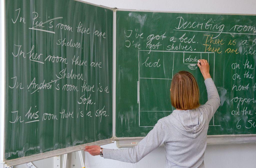 Die meisten 15-jährigen Mädchen in Deutschland geben an, sich mit 30 Jahren im Lehrerberuf zu sehen. Foto: dpa/Patrick Pleul