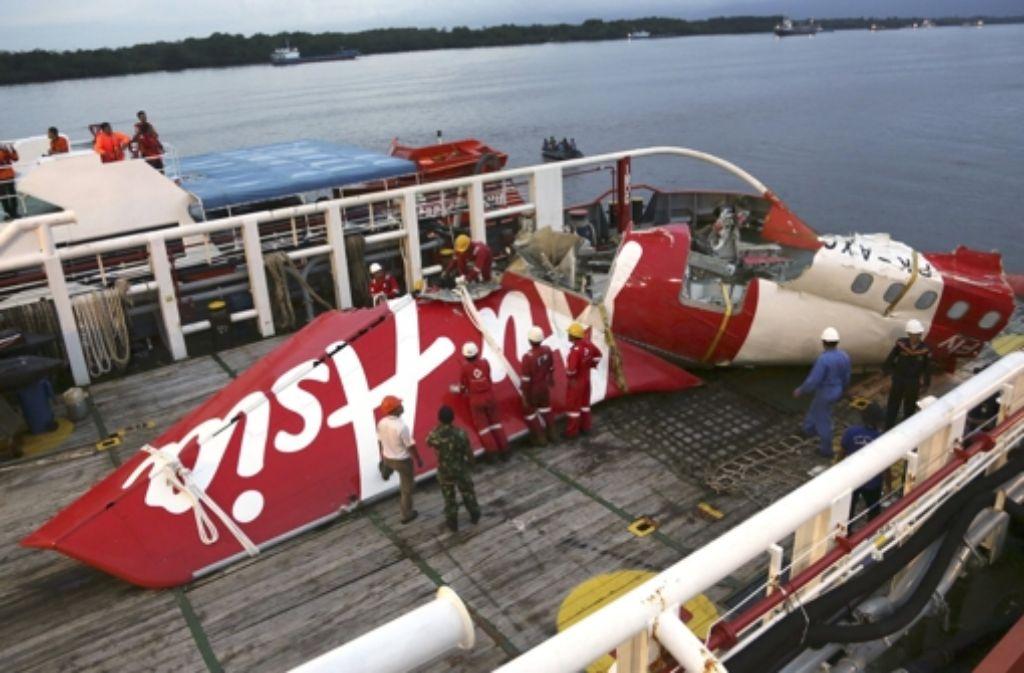 Ein Teil der AirAsia-Maschine A320 wurde im Januar geborgen. Foto: AP