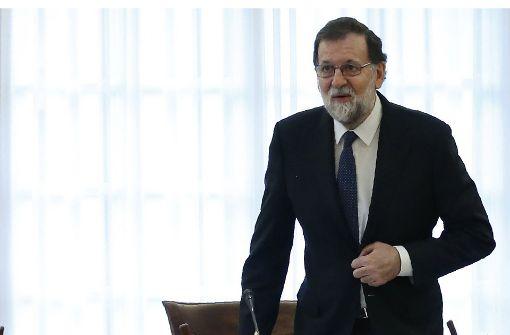 Spanien leitet Entmachtung von Separatisten ein
