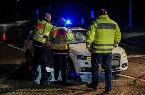 23-Jähriger wird von Auto erfasst und schwer verletzt