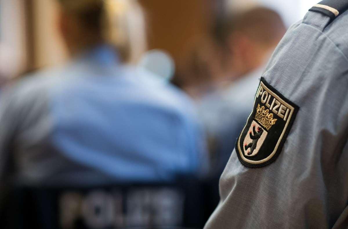 Die Bundesregierung will den Arbeitsalltag der Polizei untersuchen. Foto: dpa/Bernd von Jutrczenka
