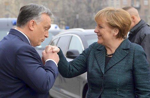 Bundeskanzlerin Angela Merkel ist am Montag mit dem ungarischen Ministerpräsidenten Viktor Orban zusammengetroffen. Foto: dpa