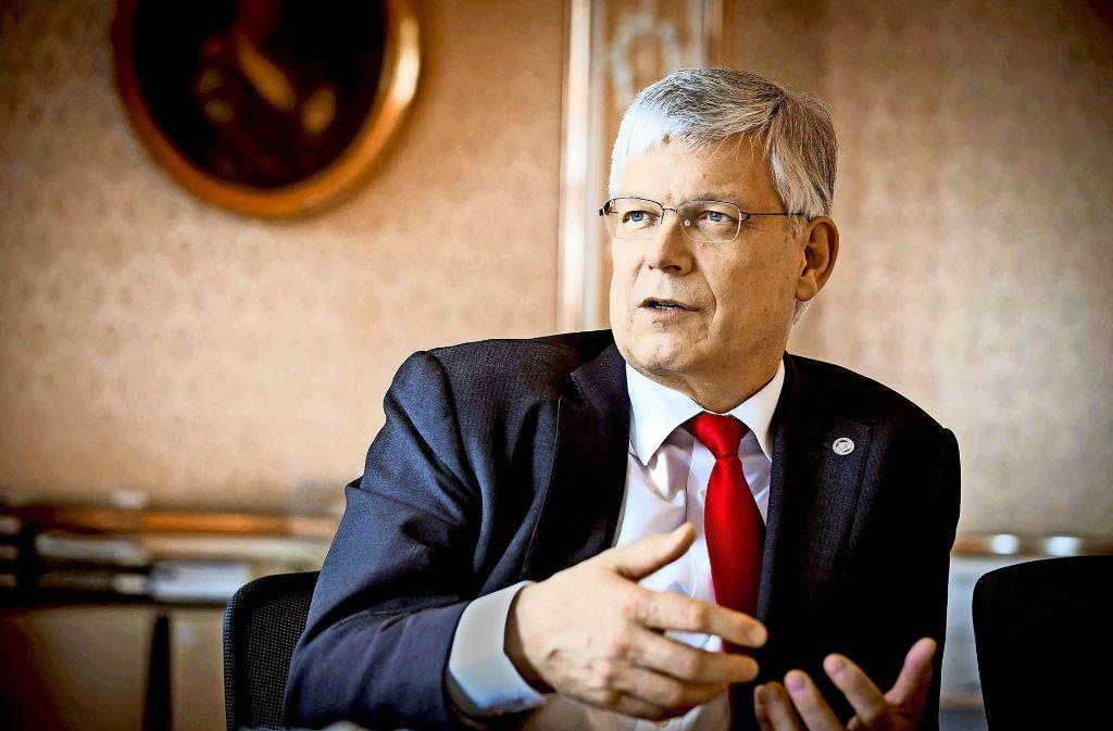 Stephan Dabbert würde gern als Rektor weitermachen. Foto: Lichtgut/Achim Zweygarth