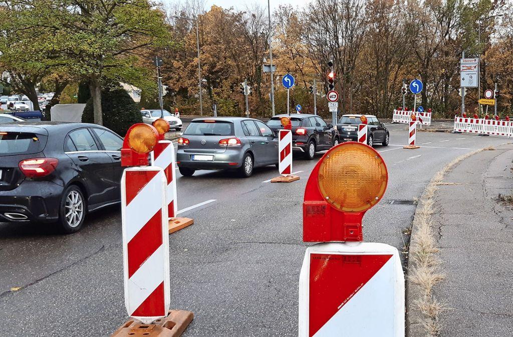 Von 15. April an wird die Dietbachstraße wegen Kanalbauarbeiten zehn Wochen lang vollständig gesperrt. Foto: Steegmüller