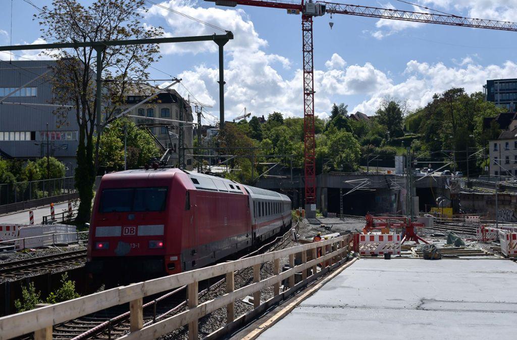 Am Bahnhof Stuttgart-Feuerbach kommt es zu Gleissperrungen. Foto: Lichtgut/Max Kovalenko