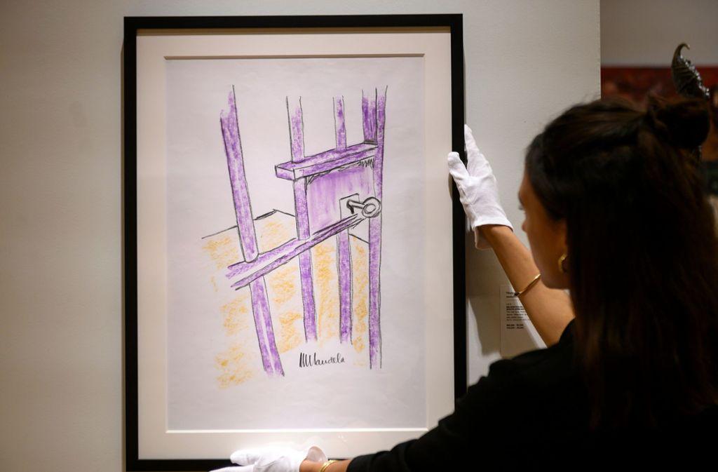 """""""The Cell Door, Roben Island"""" ist das Bild von Nelson Mandela betitelt, das beim New Yorker Auktionshaus Bonhams für 112575 Dollar (100800 Euro) versteigert worden ist. Foto: AFP"""