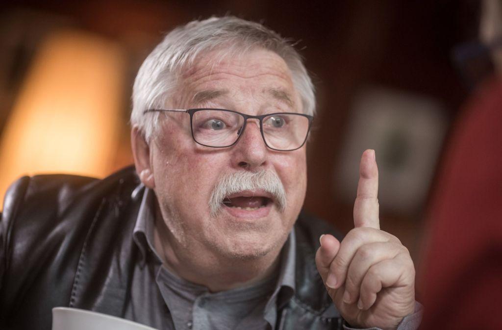 Der Liedermacher und Autor Wolf Biermann wurde 1976 aus der DDR ausgebürgert. Er sieht nun die Demokratie in Gefahr. Foto: dpa