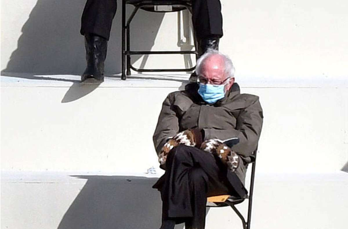 US-Senator Bernie Sanders macht das Lachen der Welt zu Geld. Foto: imago images/ZUMA Wire/Carol Guzy
