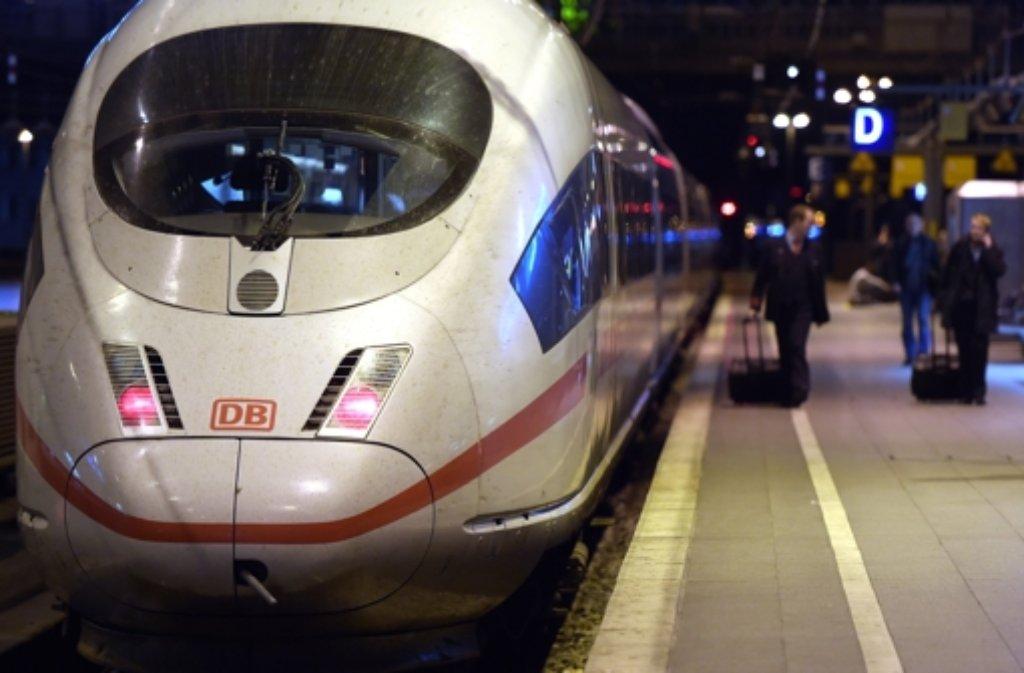 Die Deutsche Bahn arbeitet für die Streiktage an einem Notfahrplan. Foto: dpa