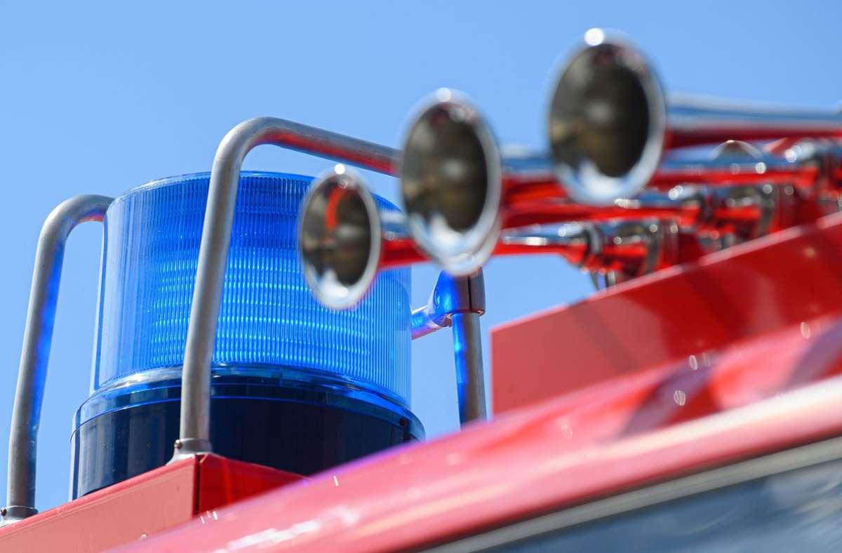 Die Feuerwehr hatte den Brand schnell unter Kontrolle (Symbolbild). Foto: dpa/Robert Michael