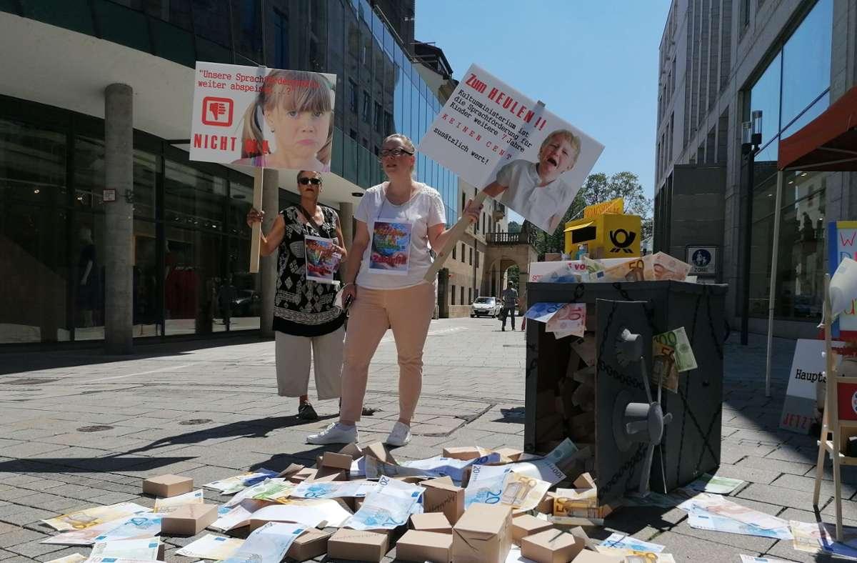 Protestaktion auf der unteren Königstraße in Stuttgart. Foto: Andreas Rosar