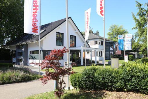 Die Ausstellung Eigenheim und Garten in Fellbach lockt mit 55 Musterhäusern, die aktuell digital besichtigt werden können.