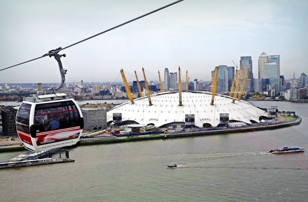 Auch in London ist eine innerstädtische Seilbahn unterwegs Foto: dpa