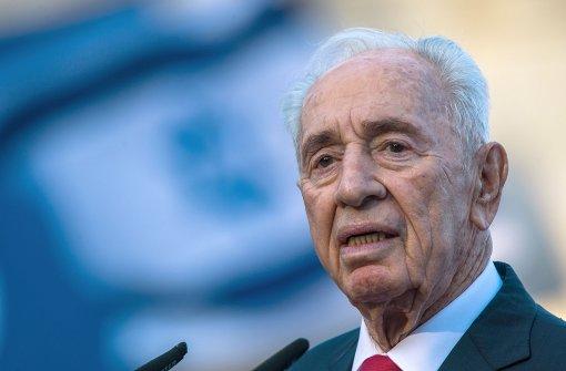 Schimon Peres schwebt in Lebensgefahr