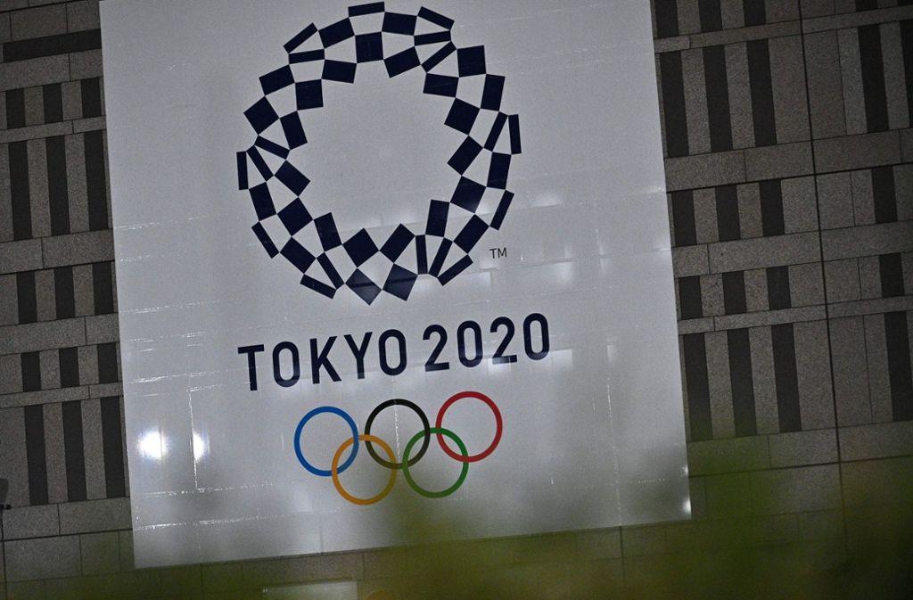 Ein Marathonläufer aus Paraguay hat sich das Logo der Olympischen Spiele tätowieren lassen. Nach der Verschiebung würde er wohl gerne auf dieses Erinnerungsstück verzichten. (Symbolfoto) Foto: AFP/PHILIP FONG