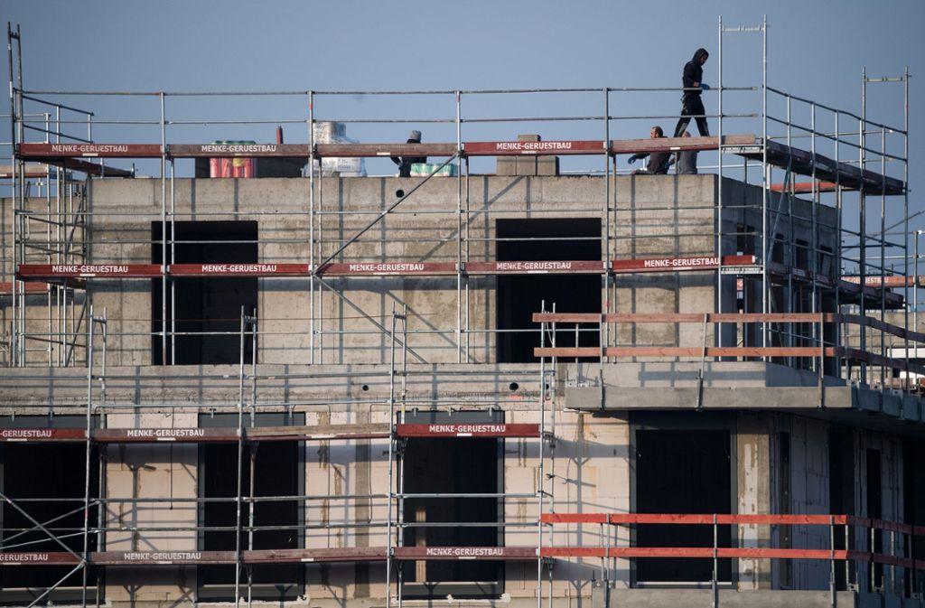 Auf dem Fasanenhof sollen weitere Wohnhäuser gebaut werden. Foto: Symbolbild dpa/Bernd von Jutrczenka