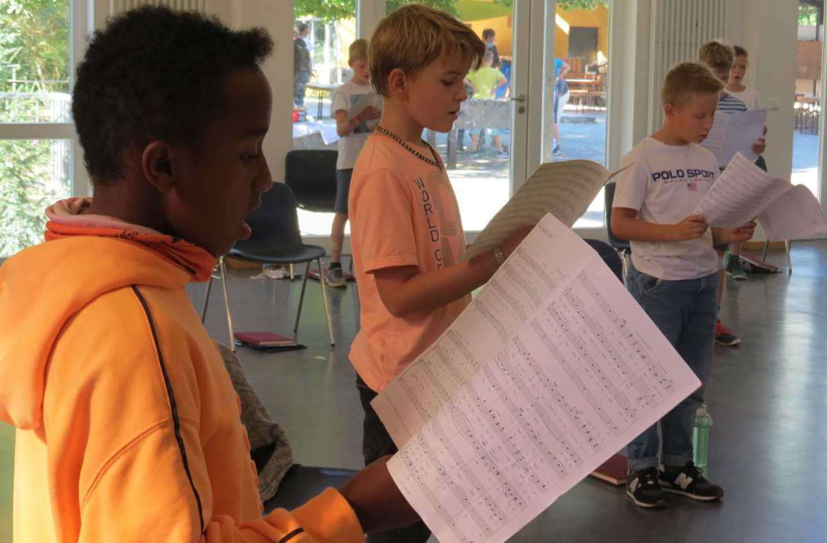 Bei der Chorfreizeit  trainieren die Jungs ihre stimmlichen Fähigkeiten Foto: /Bernd Zeyer