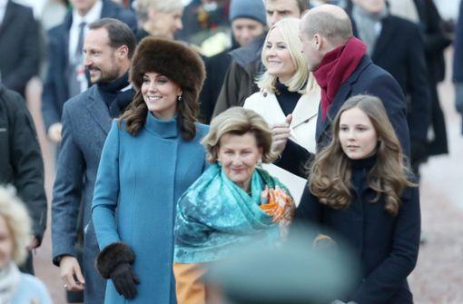 Prinzessin Ingrid Alexandra kümmert sich um die Gäste