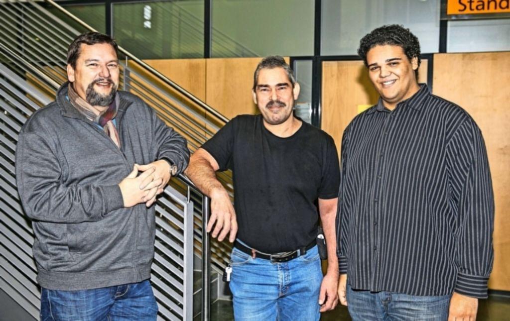 Piraten sind nie allein (von links): Der Neustadtrat Michael Freche   wird häufig von Parteifreunden wie Johannes Haux und Julian Beier unterstützt. Foto: Horst Rudel